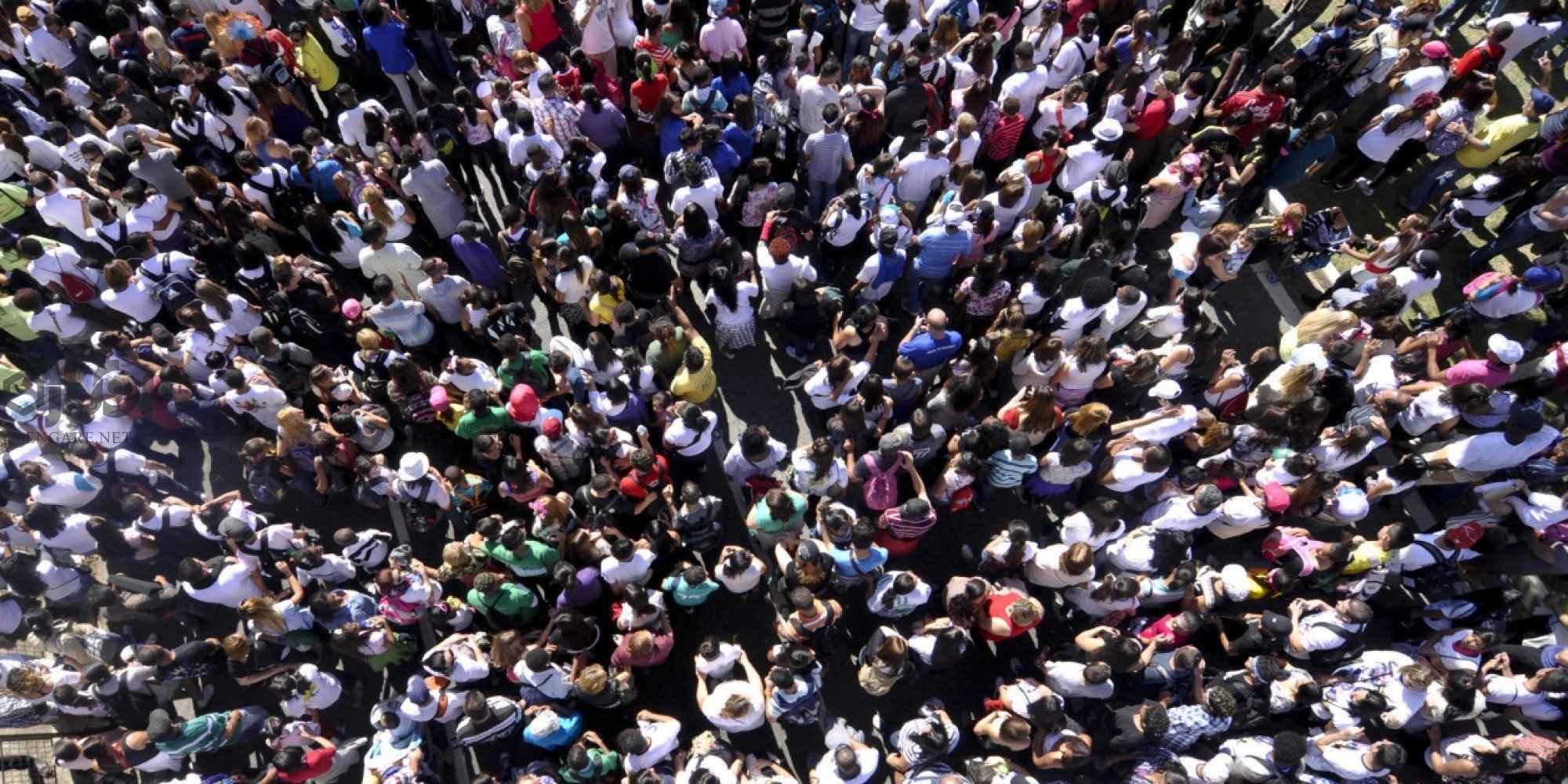 DC2I8URUAAApoRN 1 - غارتگری اجتماعی؛ چرا مردم طمع میکنند؟ - نوربرت الیاس, نعمت الله فاضلی, میشل فوکو, قانون, فرهنگ, غارتگری اجتماعی, جامعه